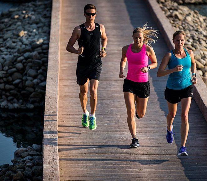 Sportwatch Garmin Forerunner 235 con GPS e cardio al polso, una offerta da non perdere!